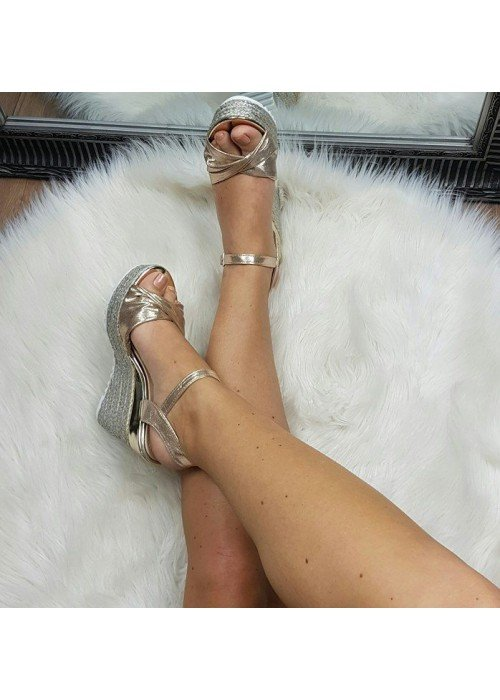 Platformové sandále Aurora zlaté
