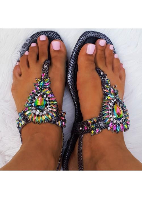 Čierne sandále s kamienkami Leila