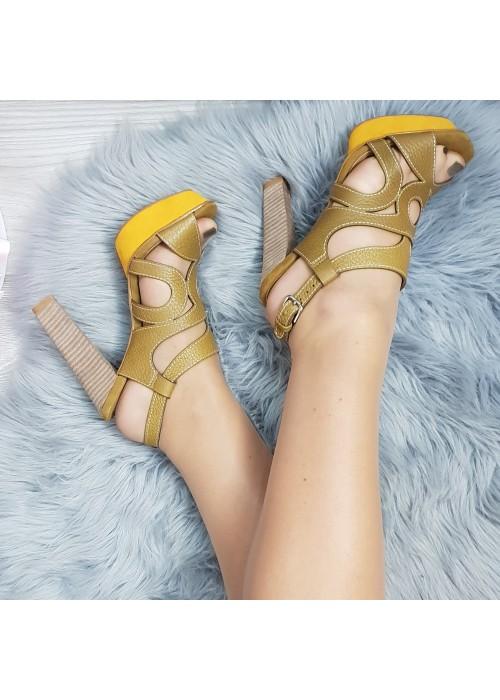 Kožené sandále Holly khaki