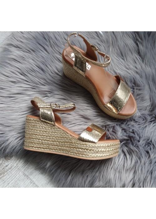 Platformové sandále Sisa zlaté