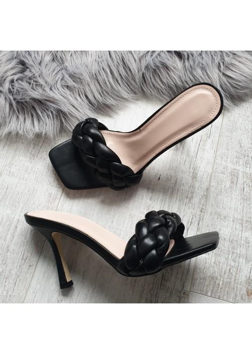Čierne šľapky Sanel