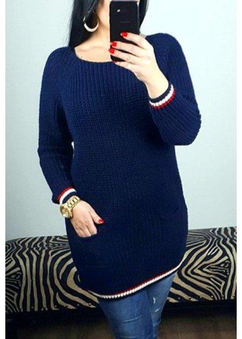 Modrý sveter s vreckom