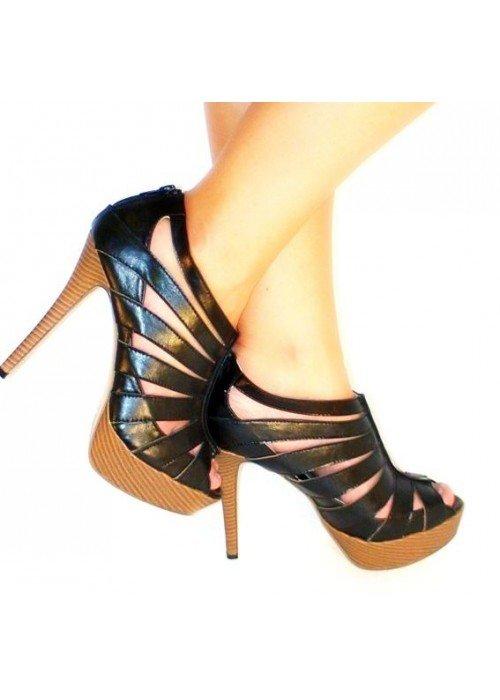 Kotničkové sandále Mystery čierne