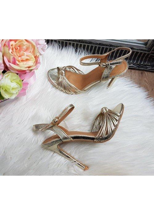 Metalické sandále Jovanna zlaté
