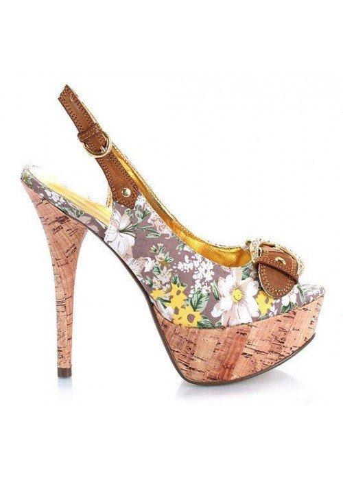 Kvetované sandále Valerie béžové