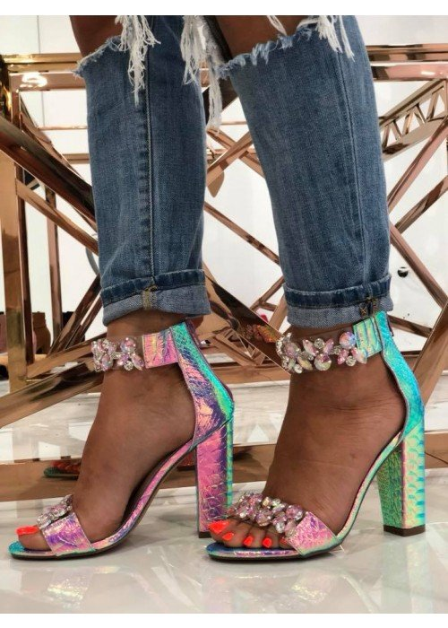 Luxusné sandlálky s kryštálikmi Sally fialové
