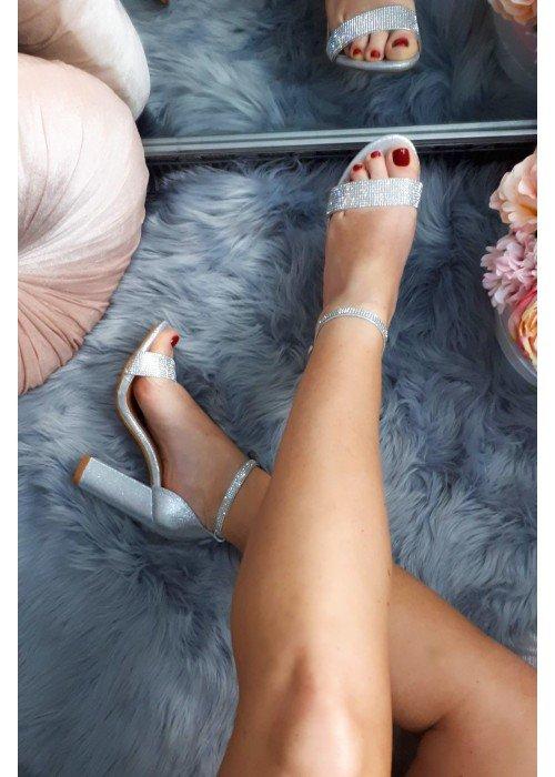 Strieborné sandále s kamienkami Jessie
