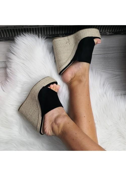 Platformové šľapky Diana čierne