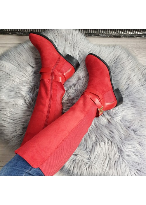 Červené čižmy Helia