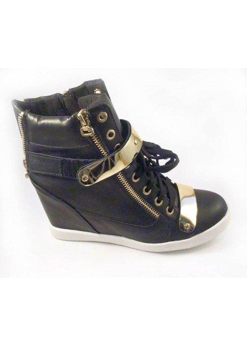 platformové botasky s plieškami, čierne