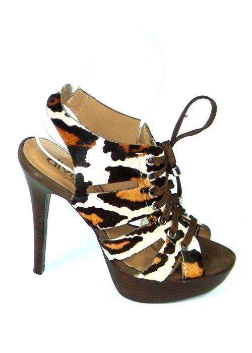 Kožené sandále na šnurovanie Leona