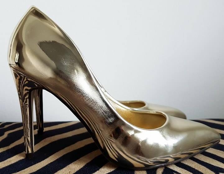 edf6dd907472 Zrkadlové zlaté lodičky Eliss · Kliknite pre zväčšenie obrázku