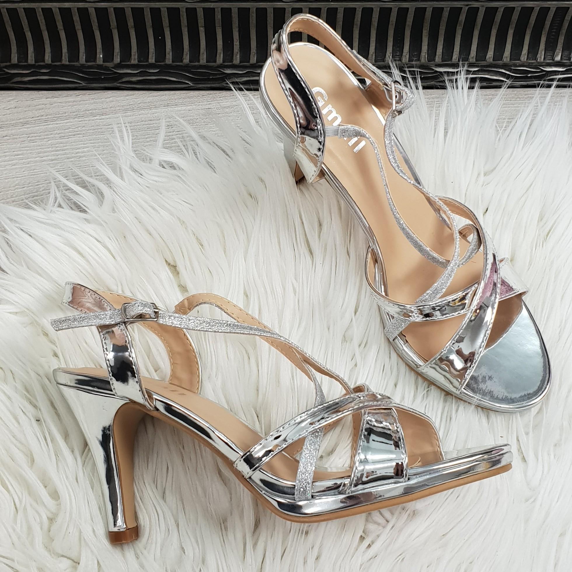 a8ccd28524fd spolocenske sandale Lissy strieborné - Divalli.sk