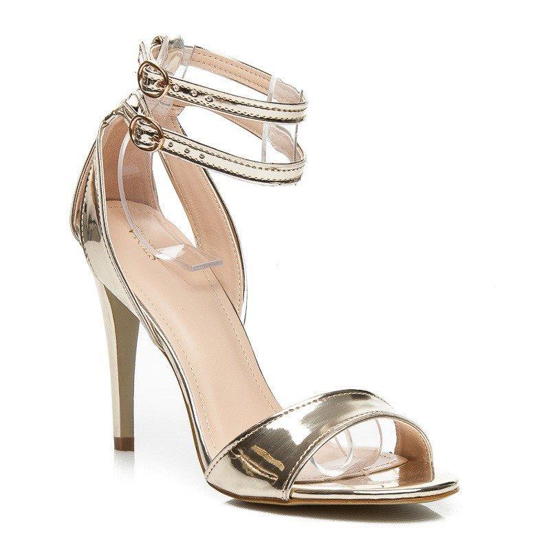 f3d232d755ed Zlaté zrkadlové sandále Chloe · Kliknite pre zväčšenie obrázku