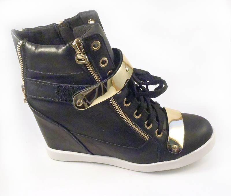 e0869a9310 platformové botasky s plieškami