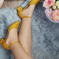 Horčicovo žlté sandále Olla
