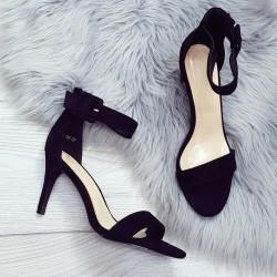 Čierne sandále Timea