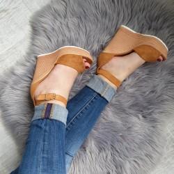 Platformové sandále Hailey camel