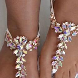 Biele sandálky s kamienkami Bloom