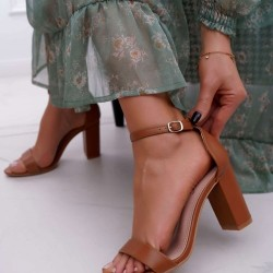 Hnedé sandále Betty