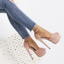 Púdrové sandále Alexia